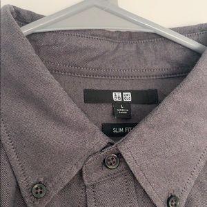 Men's UniQlo slim fit large button down